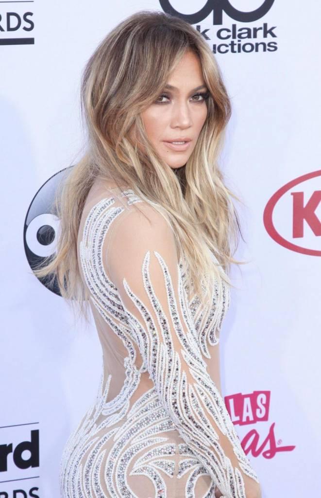 Jennifer Lopez, svelato segreto dei suoi lunghi capelli: ha le extensions FOTO 3