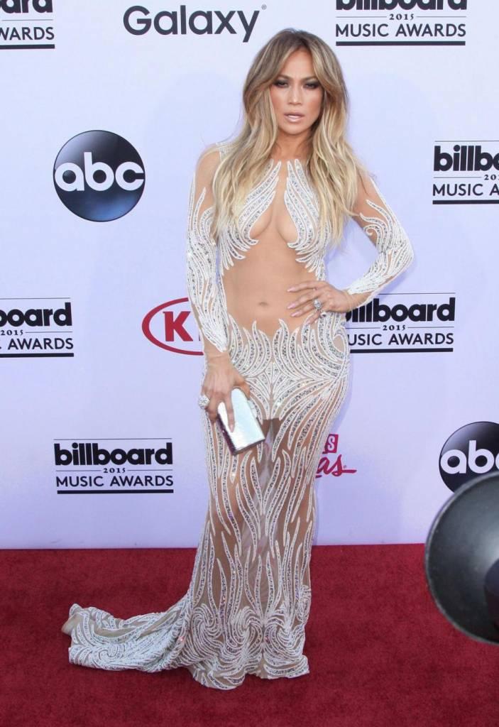"""Dieta Jennifer Lopez: """"Non bevo alcolici, non fumo, faccio esercizio fisico"""" 5"""