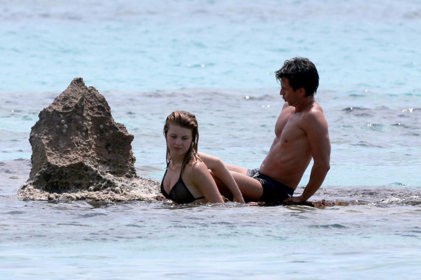 Kledi in vacanza con la sua Charlotte a Formentera23