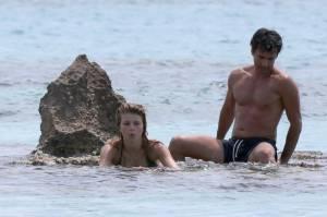 Kledi in vacanza con la sua Charlotte a Formentera24