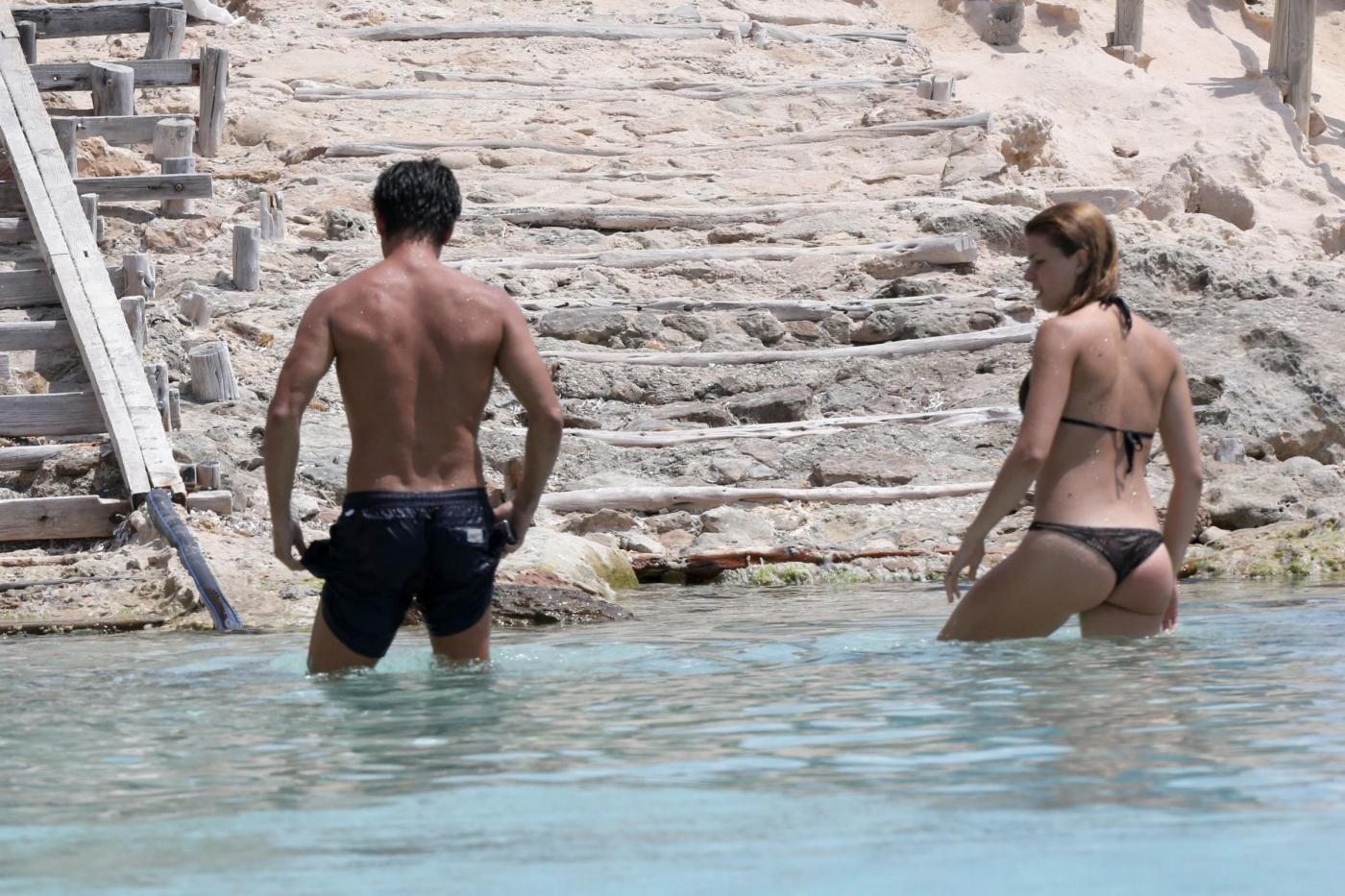 Kledi in vacanza con la sua Charlotte a Formentera25