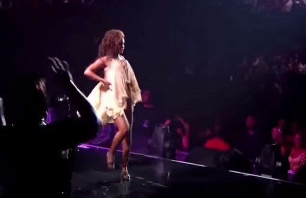 Beyoncé Fa Il Ballo Del Qua Qua Durante Un Concerto Video Ladyblitz