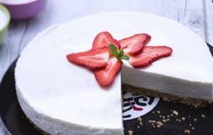 Ricette di dolci: cheesecake light yogurt e vaniglia