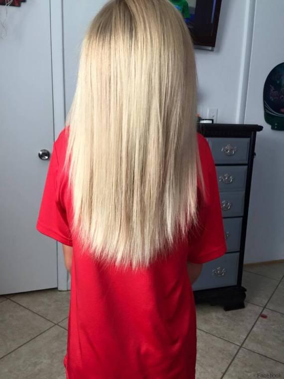 A 8 anni si fa crescere capelli per aiutare bambini malati di cancro FOTO, VIDEO02