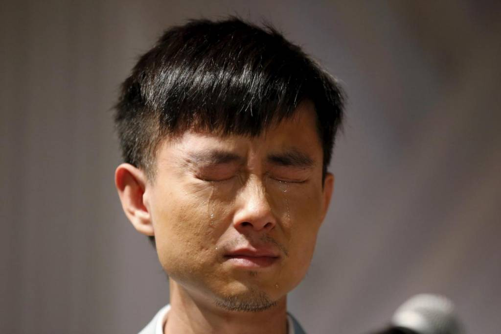 Sette coppie omosessuali cinesi si sposano a Los Angeles22