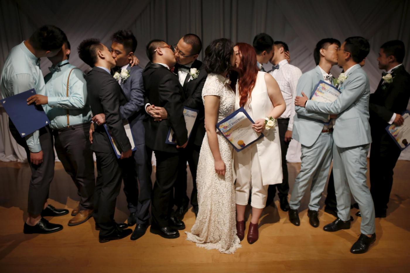 Sette coppie omosessuali cinesi si sposano a Los Angeles20