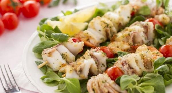 Ricette di pesce: spiedini di mare
