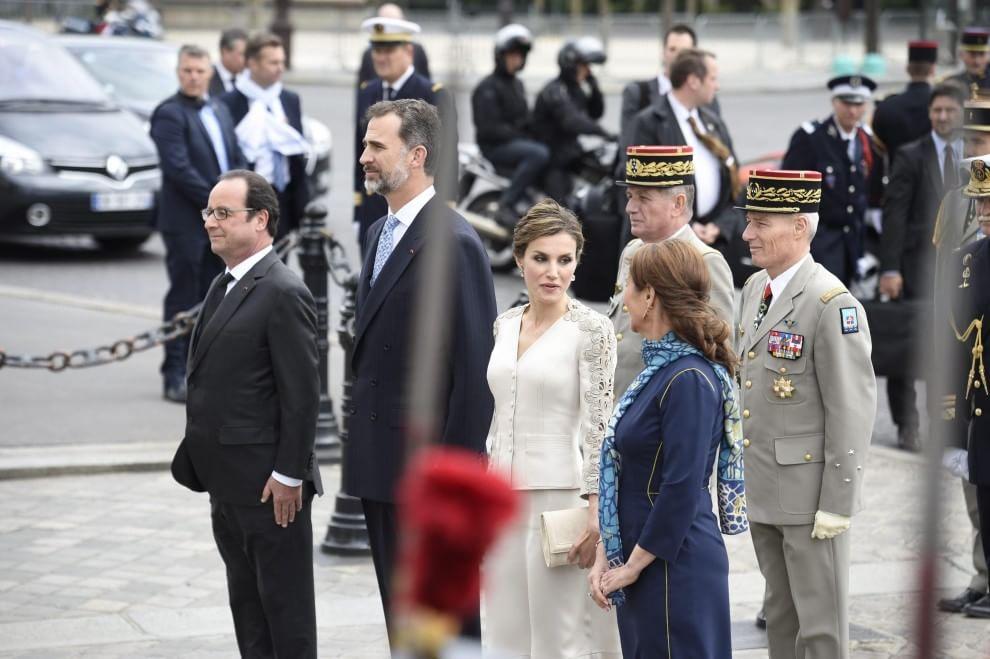 La rivincita di Ségolène Royal: accanto a Francoise Hollande all'Eliseo05