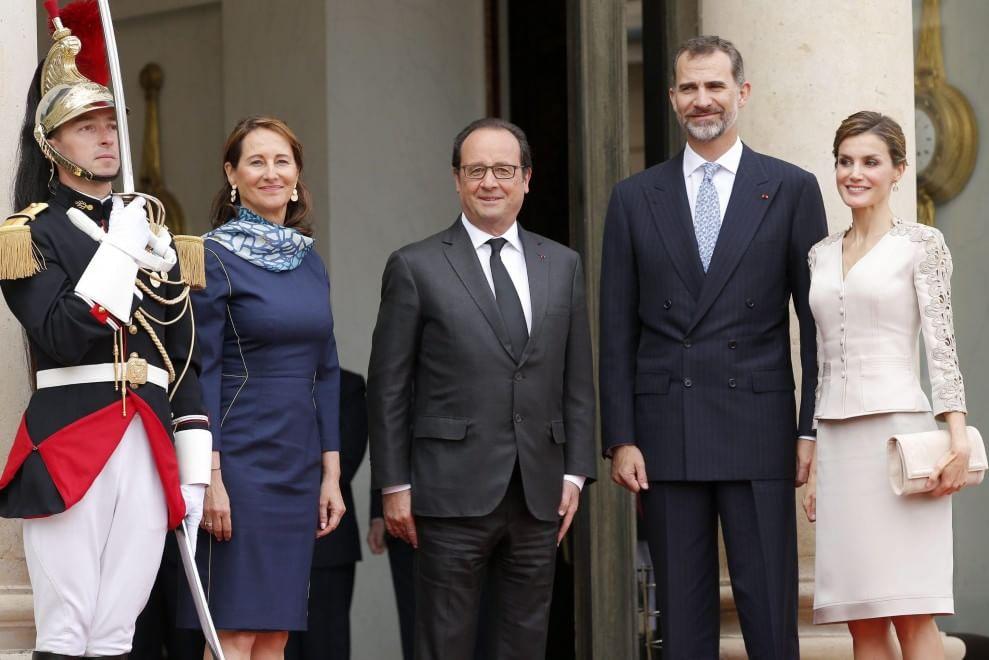 La rivincita di Ségolène Royal: accanto a Francoise Hollande all'Eliseo03