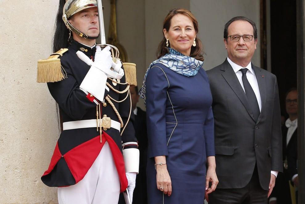 La rivincita di Ségolène Royal: accanto a Francoise Hollande all'Eliseo02