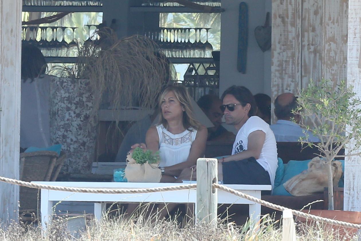 Filippo Inzaghi a Formentera con mamma e amici dopo esonero Milan06
