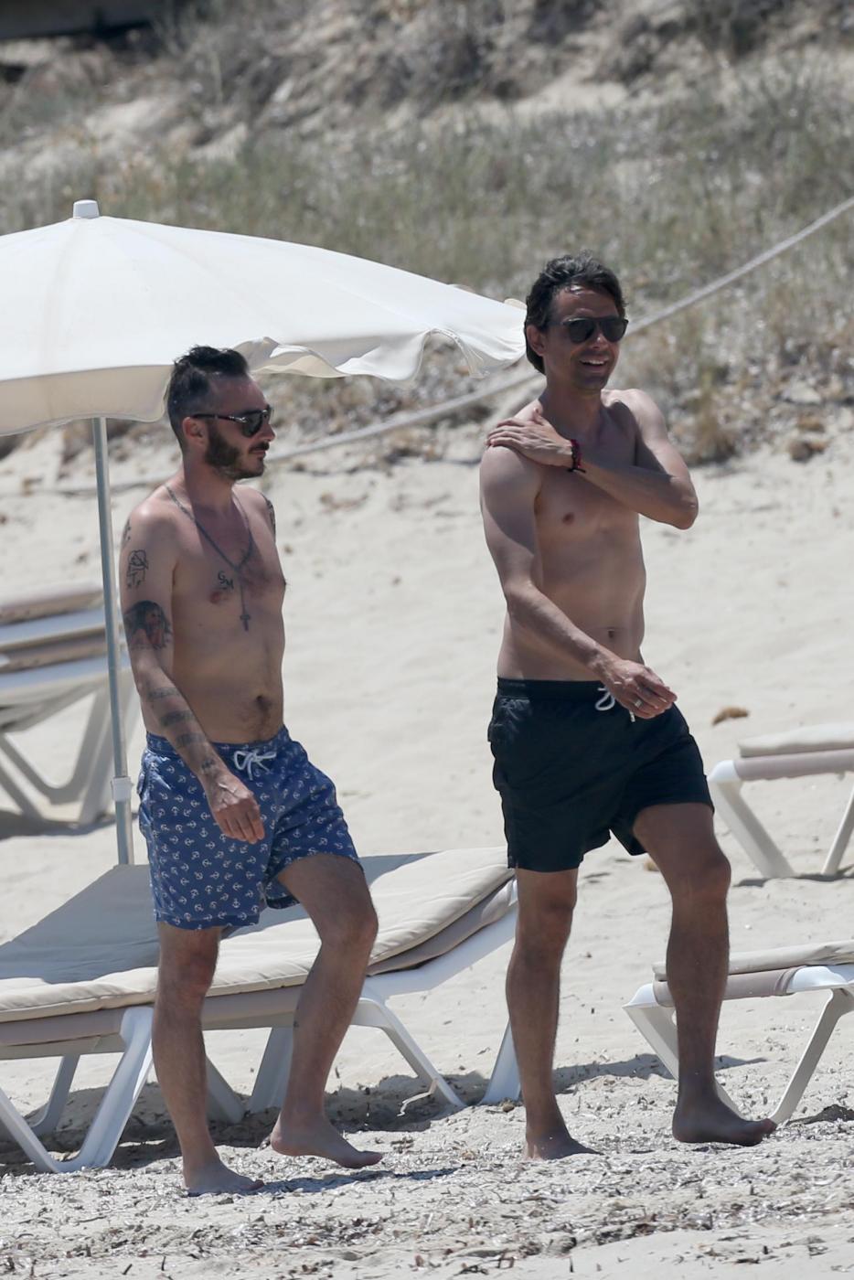 Filippo Inzaghi a Formentera con mamma e amici dopo esonero Milan11