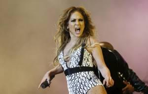 "Jennifer Lopez rischia la galera per ""twerking"" in Marocco VIDEO"