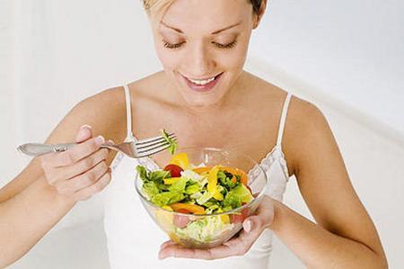 """Dieta, in forma in 7 mosse: sono le """"regole alimentari"""""""