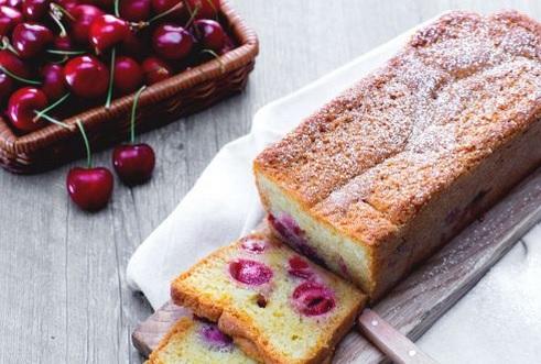 Ricette di dolci: plumcake ciliegie e vaniglia