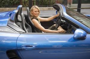 Maria Sharapova, in attesa di Wimbledon sale a bordo della nuova Porsche04