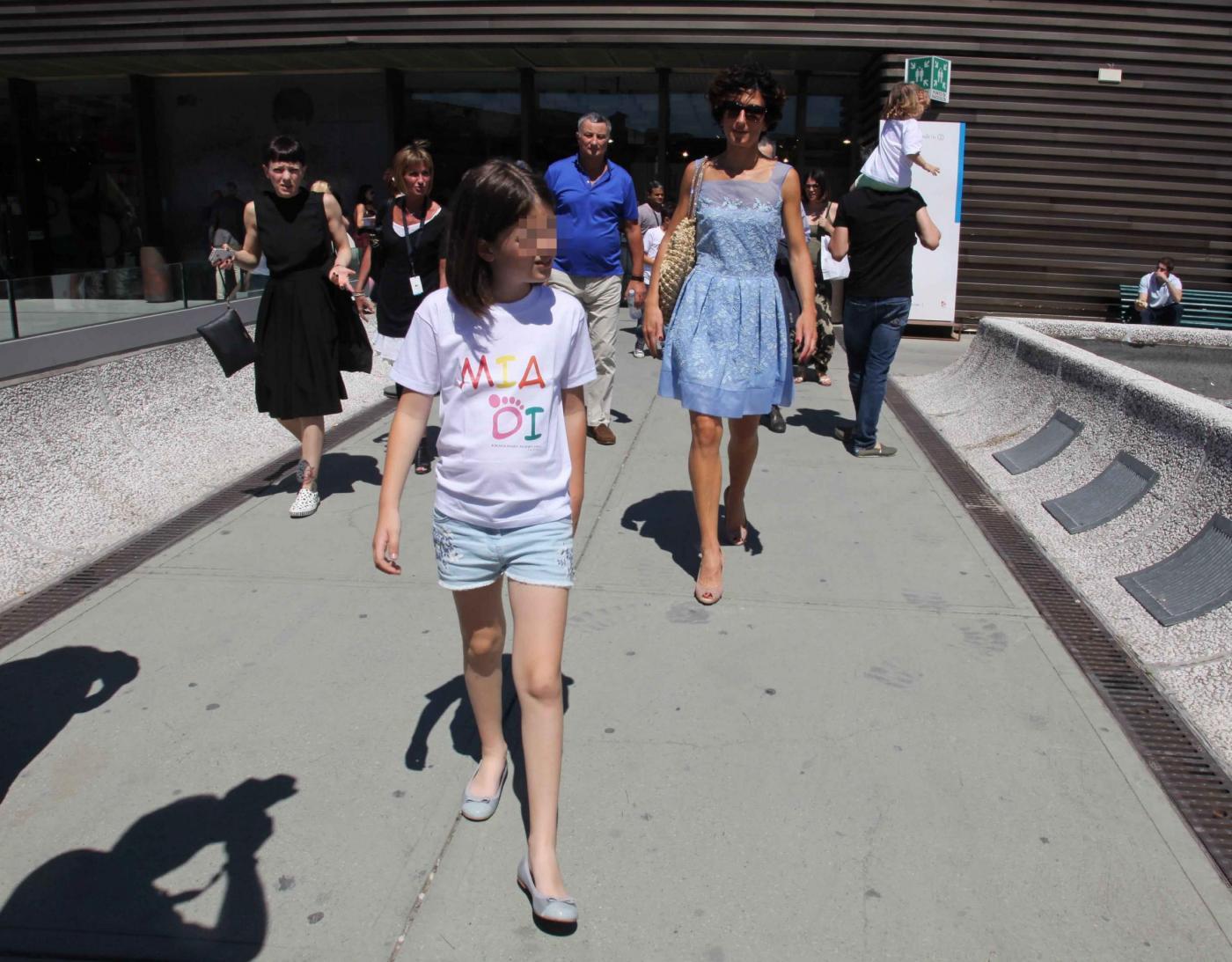 Agnese Renzi, Anna Falchi e Claudia Galanti mamme fashion a Pitti Bimbo010