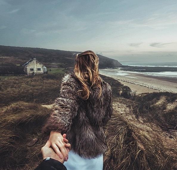 Murad Osmann condotto per mano dalla fidanzata nei posti più belli: FOTO Instagram02