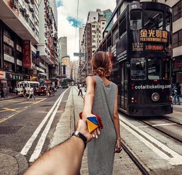 Murad Osmann condotto per mano dalla fidanzata nei posti più belli: FOTO Instagram07