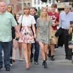 Taylor Swift e Gigi Hadid a spasso per New York FOTO 13