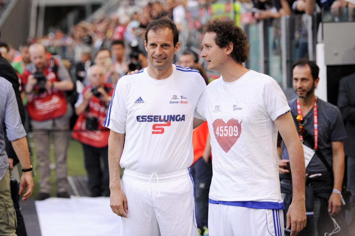 Massimiliano Allegri, Del Piero, Eros Ramazzotti, alla partita del cuore FOTO 3