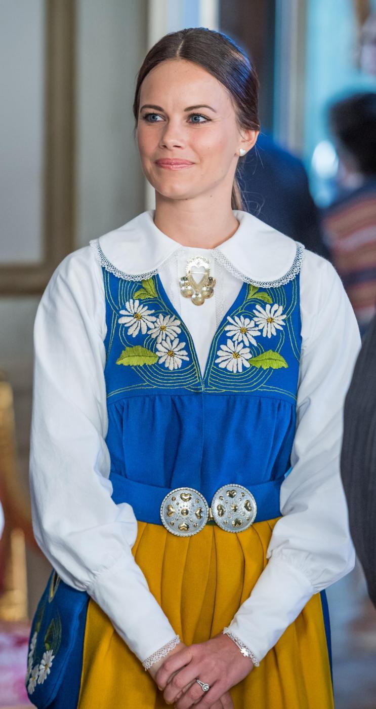 Sofia Hellqvist: chi è la donna che sposa Carlo Filippo di Svezia FOTO44