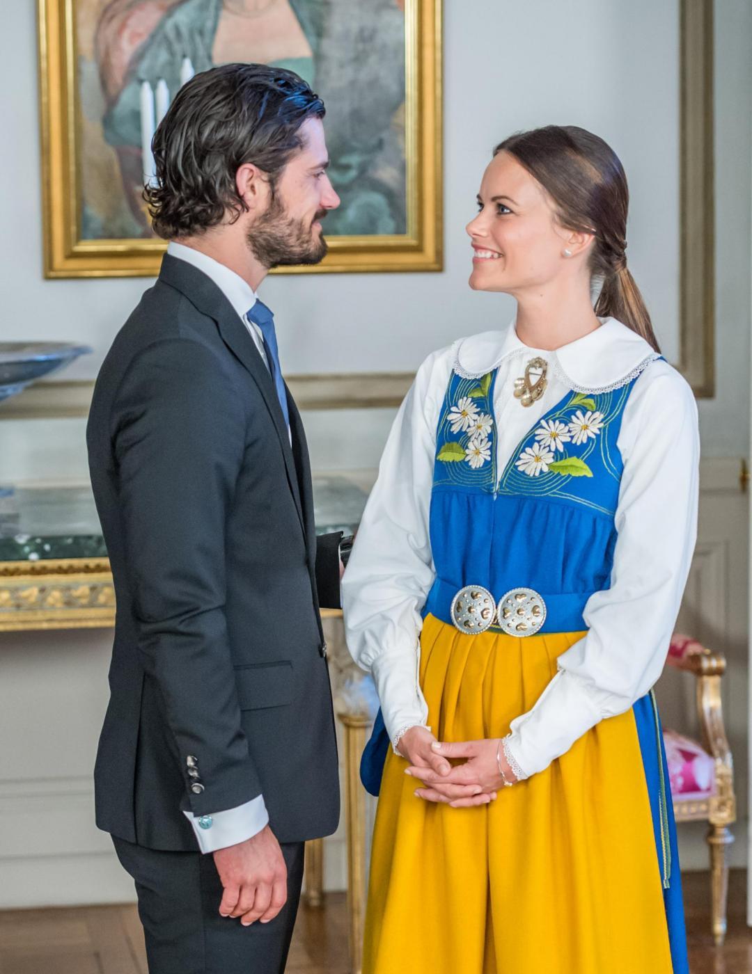 Sofia Hellqvist: chi è la donna che sposa Carlo Filippo di Svezia FOTO 444