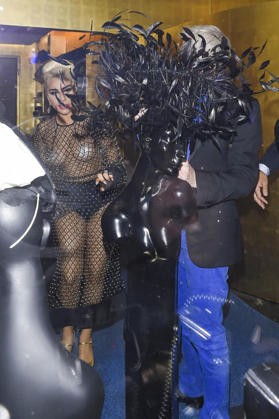 Lady Gaga: nude look estremo a Londra FOTO 13