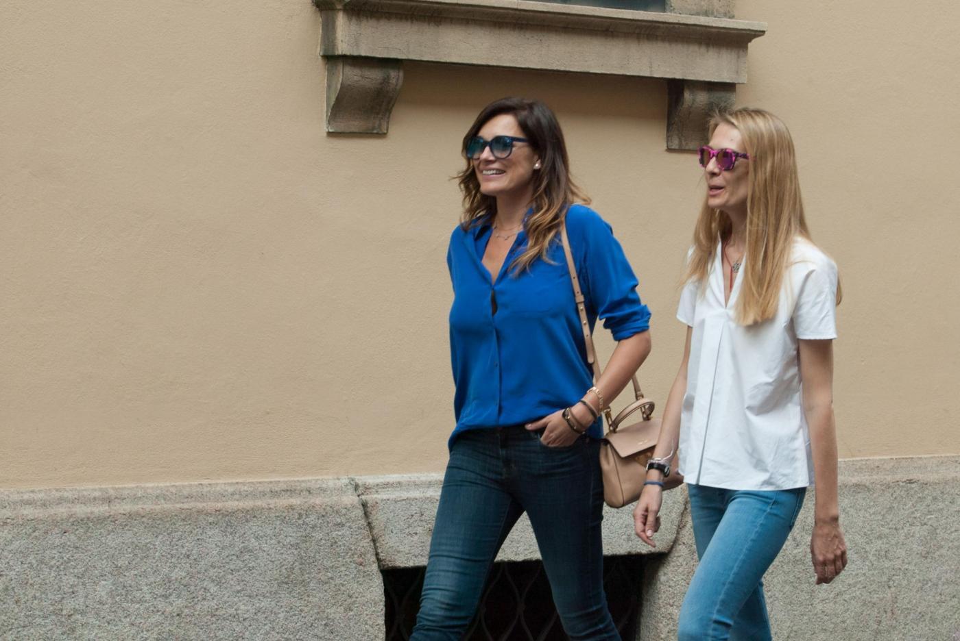 Alena Seredova e Lavinia Borromeo fanno shopping a Milano FOTO 25