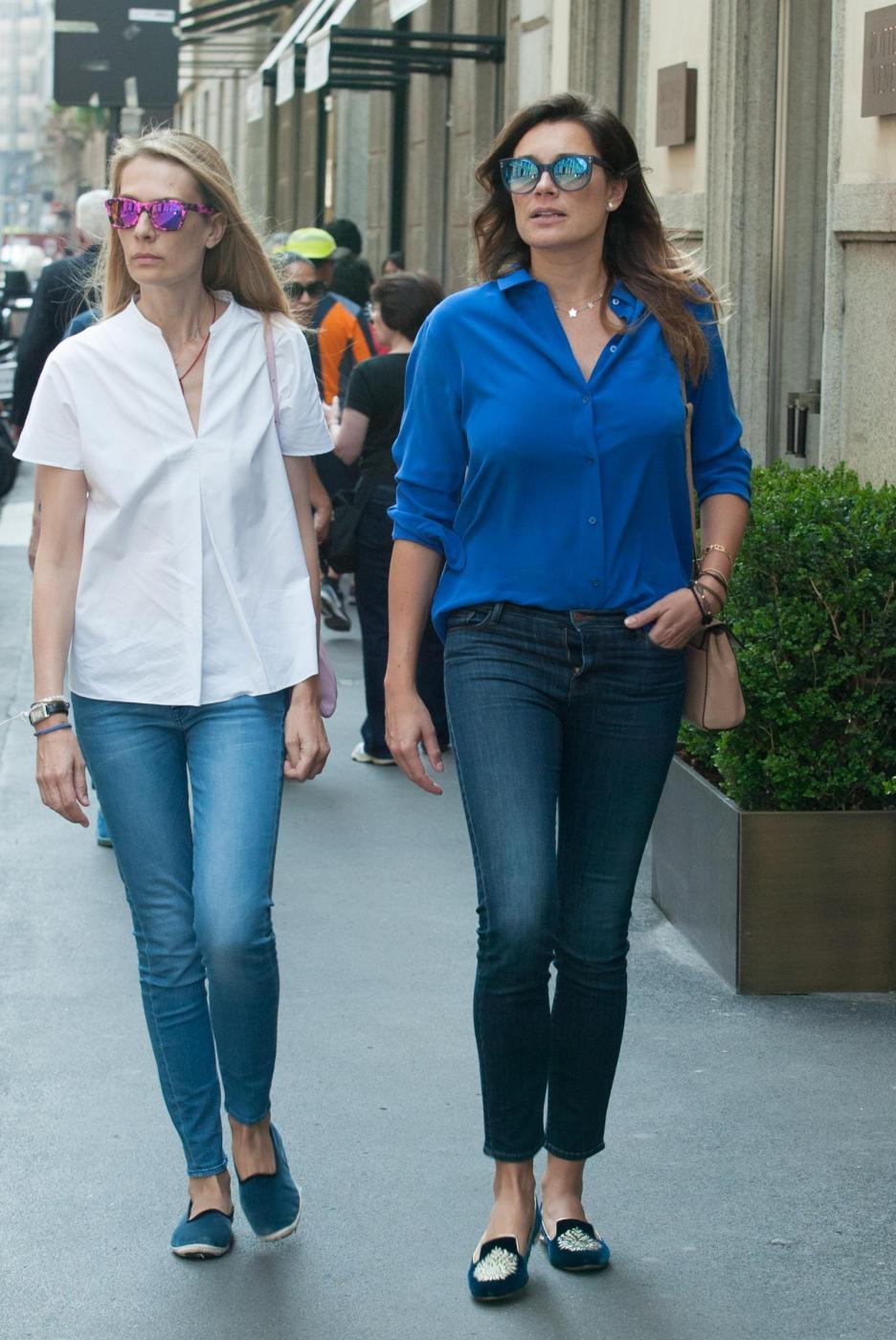 Alena Seredova e Lavinia Borromeo fanno shopping a Milano FOTO GG