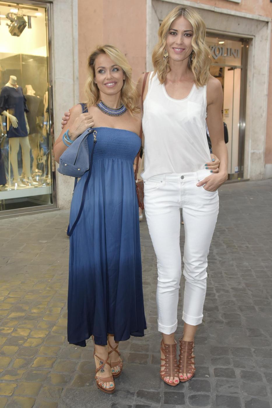 Elena Santarelli, Cristel Carrisi, Sonia Bruganelli, Pamela Prati al party Baldinini 13