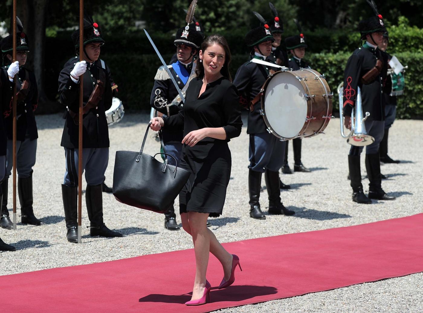Maria Elena Boschi, tacchi alti che passione: la ministra ancora in décolleté FOTO
