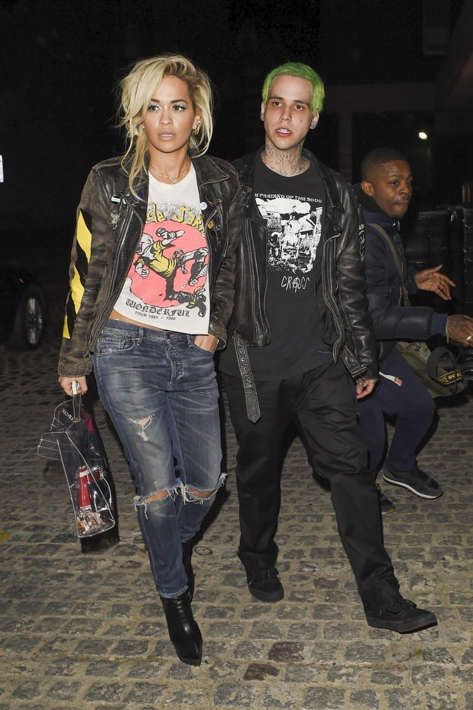 Rita Ora insieme al fidanzato Ricky Hil a Londra FOTO