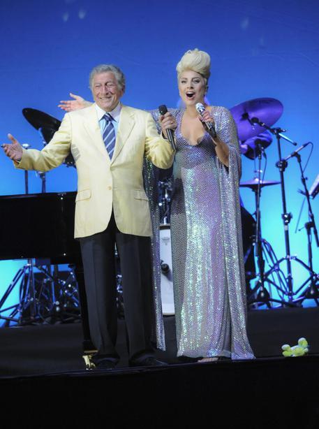 Lady Gaga duetta con Tony Bennet a Umbria Jazz 2015 VIDEO