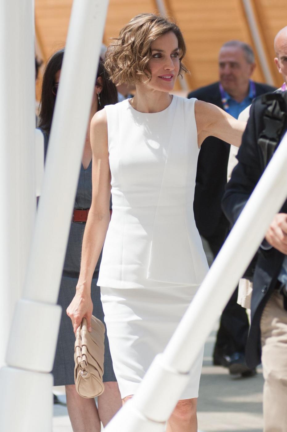 Letizia Ortiz di Spagna all'Expo sceglie ancora il total white 1