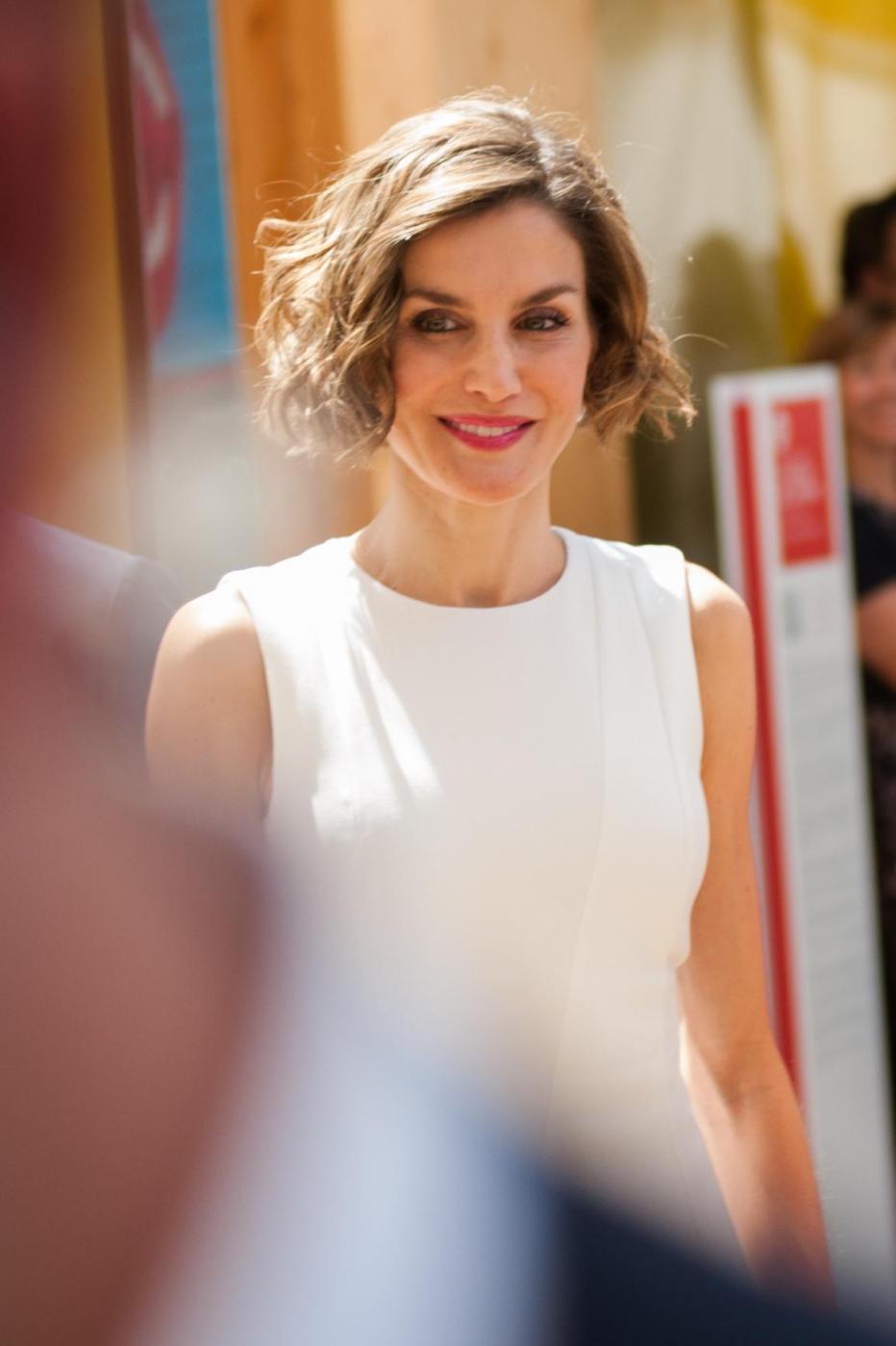 Letizia Ortiz di Spagna all'Expo sceglie ancora il total white 10