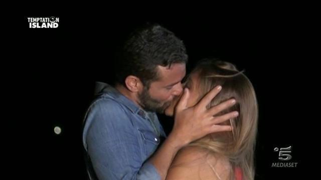 Temptation Island, Alessandra perdona Emanuele VIDEO