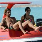 Alessio Cerci e la moglie: baci e selfie sul pedalò a Formentera9