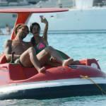 Alessio Cerci e la moglie: baci e selfie sul pedalò a Formentera14
