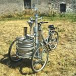 la bicicletta ideata a Napoli che distribuisce birra fredda