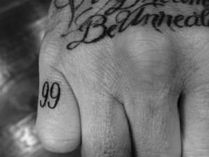 David Beckham nuovo tatuaggio dedicato alla moglie Victoria 2