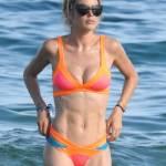 Doutzen Kroes, vacanze in Spagna col marito: corpo perfetto e muscoloso15
