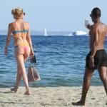 Doutzen Kroes, vacanze in Spagna col marito: corpo perfetto e muscoloso8