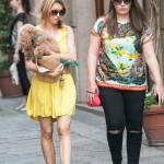 Elena Barolo, shopping in via Montenapoleone col cagnolino Whisky e l'amica15