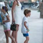Federica Panicucci vacanze da mamma senza Fargetta: al mare con figli e amiche