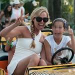 Federica Panicucci vacanze da mamma senza Fargetta: al mare con figli e amiche16