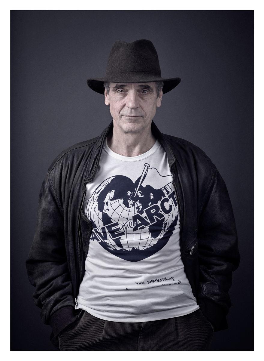 George Clooney, Hugh Grant, Chris Martin...60 star con Greenpeace per l'Artico4