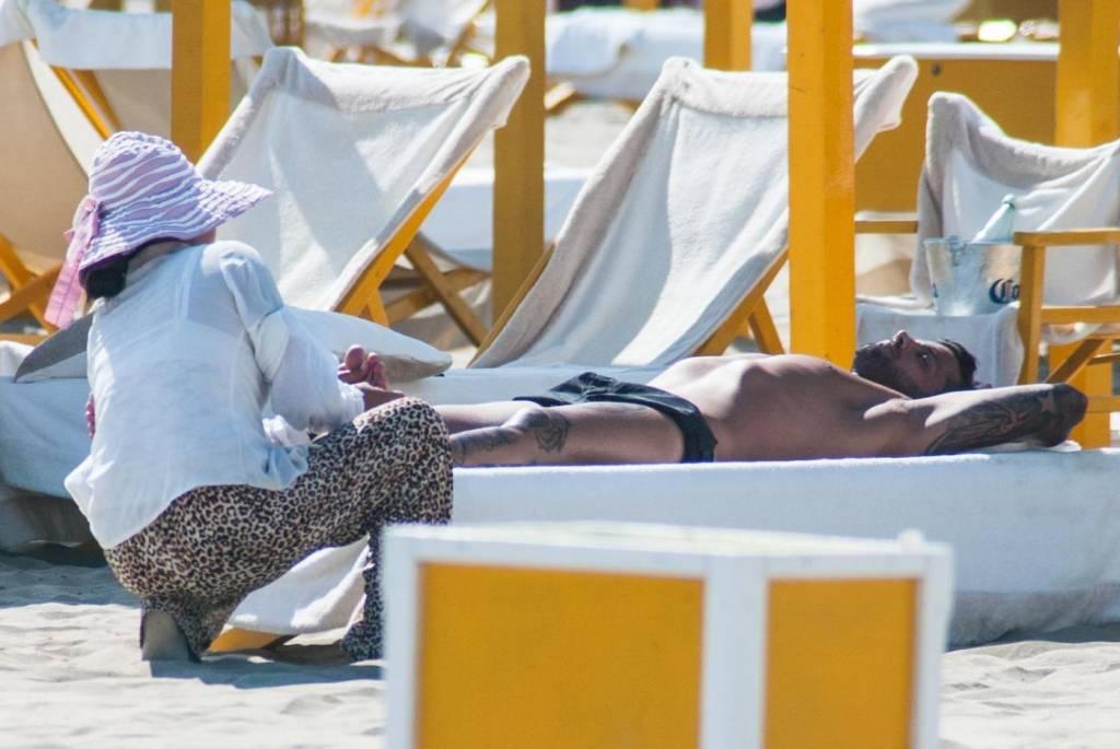 Alessio Lo Passo, l'ex tronista in vacanza con Roberta Bonfanti