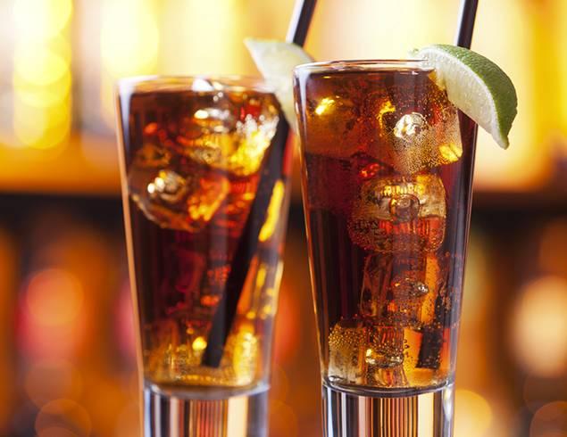 Long Island ice tea, come preparare il cocktail: VIDEO tutorial