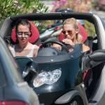Michelle Hunziker e Aurora a Forte dei Marmi: pochi sorrisi, facce serie 6